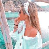 Completement fan de la tendance bandeau 🐚 _________  #bandalia #foulard #inspiration #scarf #love #bandeau #carréensoie #foulardànouer #tendance2021 #instadaily #accessoires #cheveux #coiffure